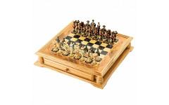 Шахматы в ларце с фигурами из хлебного мякиша